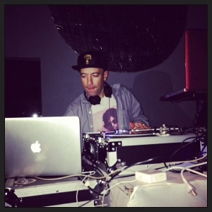 DJ Peanut Butter Wolf @ Thanks Givends